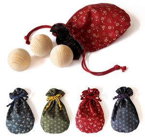 hinoki-balls-2.jpg