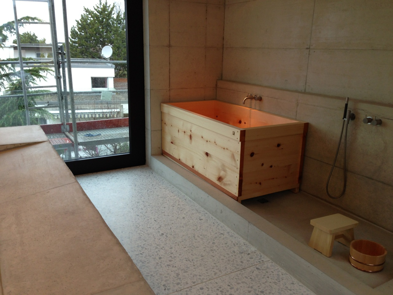ofuro soaking hot tubs: reference from switzerland