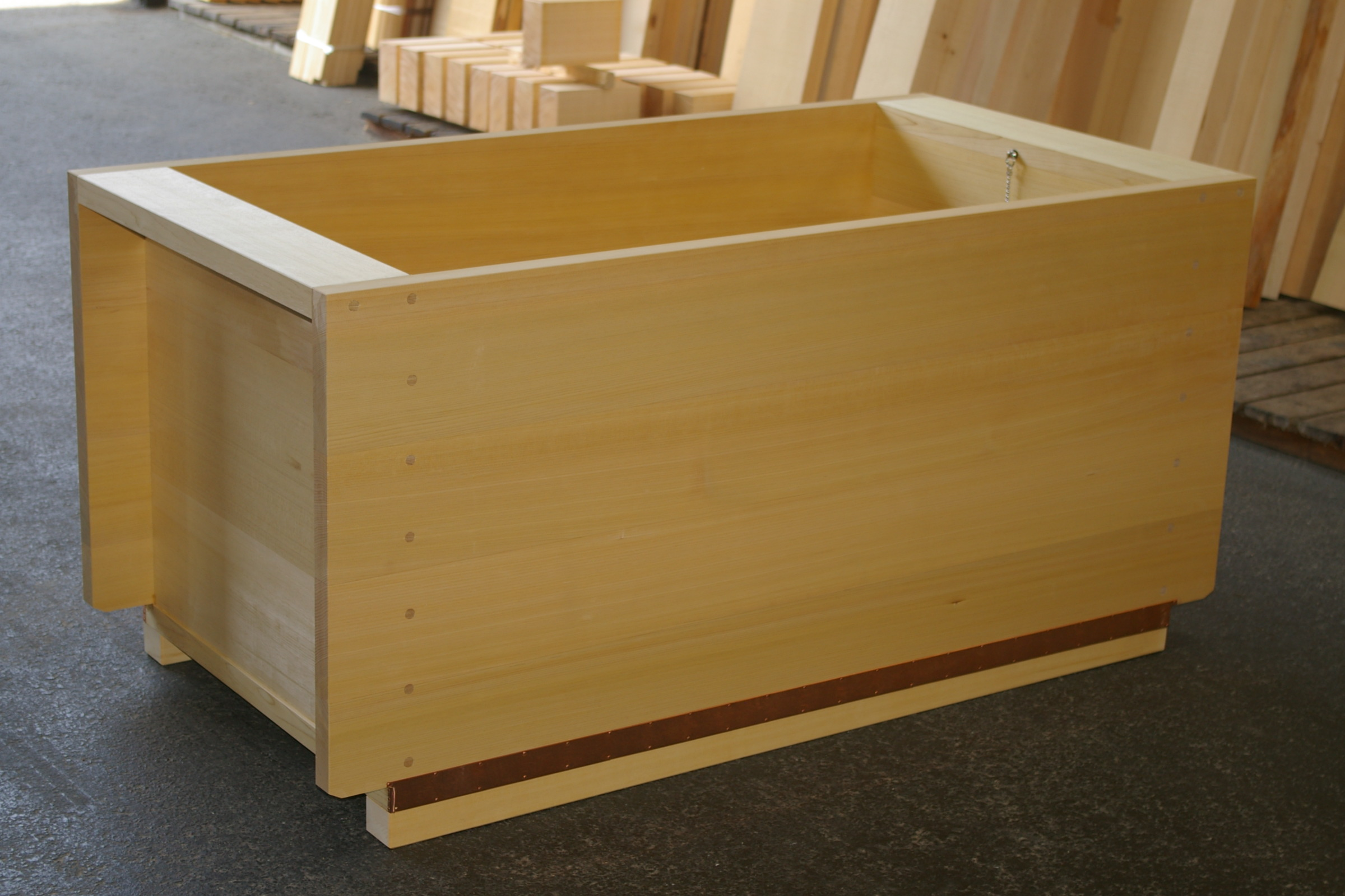 ofuro japanese wooden hot tub by bartok design