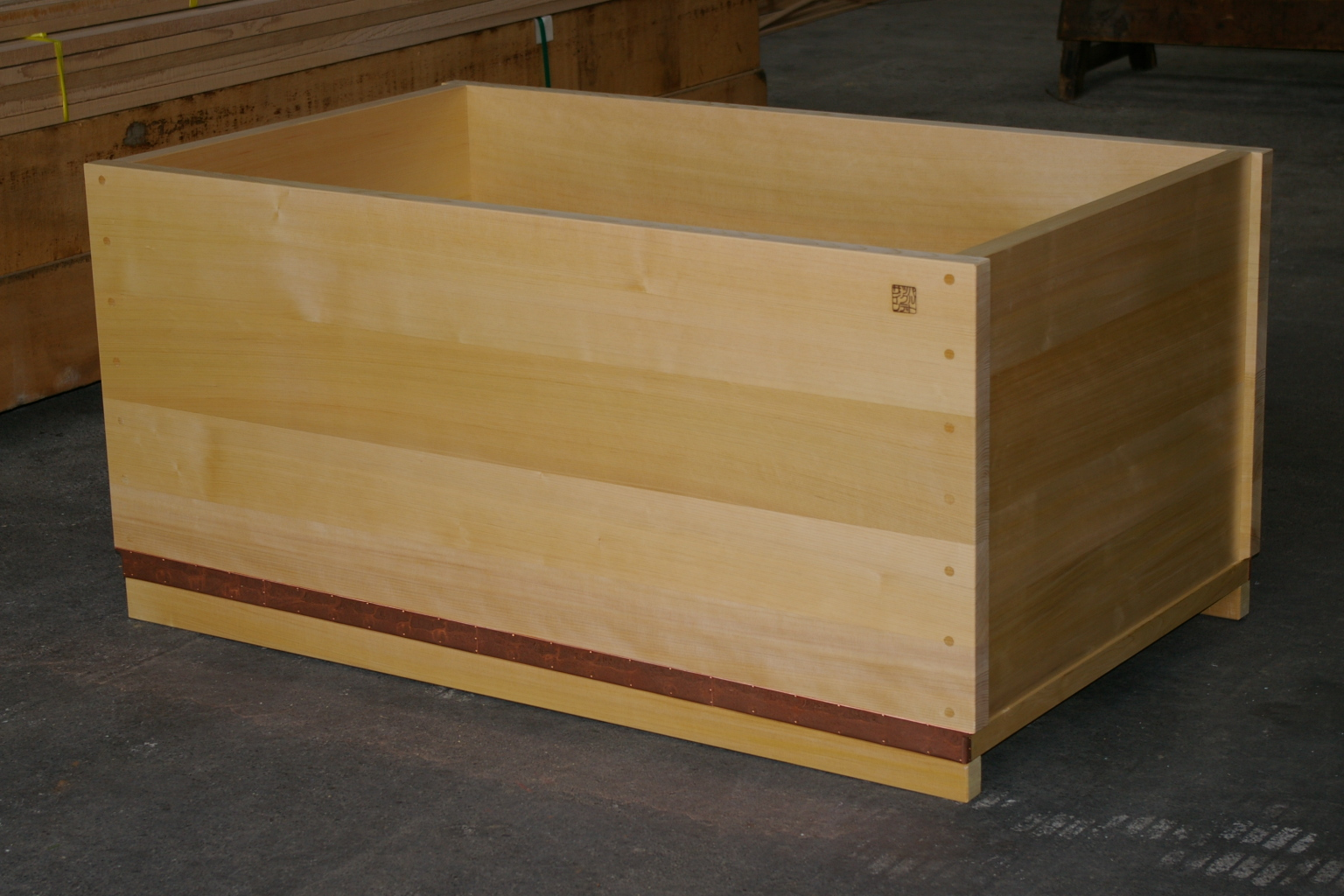 how to make a wooden tub