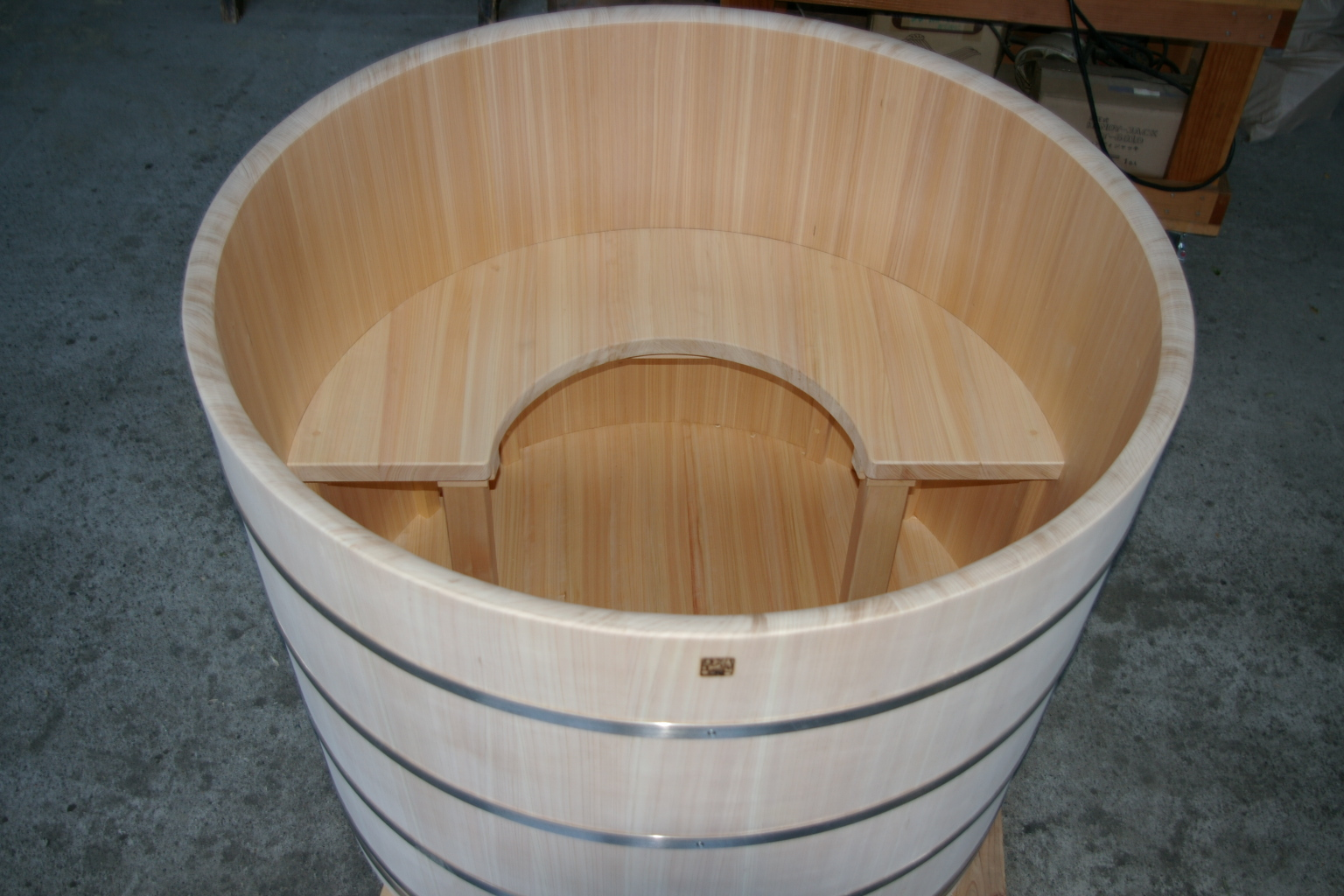 Ofuro soaking hot tubs round tub for long island for How deep is a normal bathtub